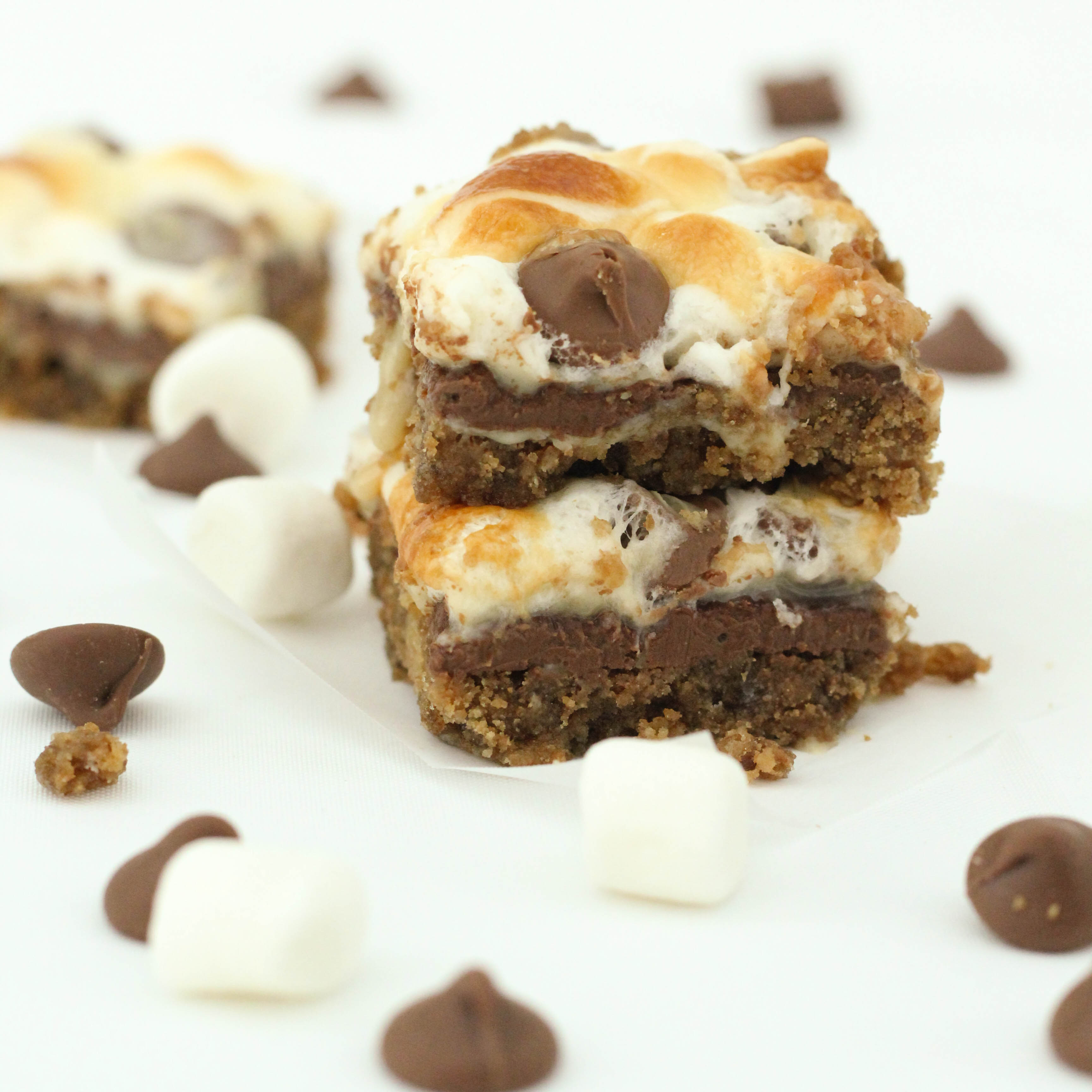 The flavors and texture of smores baked into bars is so much more practical than standing around a campfire. I'm sure you can relate. And who can resist super soft, chewy, gooey bars that are loaded with great texture. The batter is a stir-together, one bowl recipe that comes together in less than 5 minutes [ ].