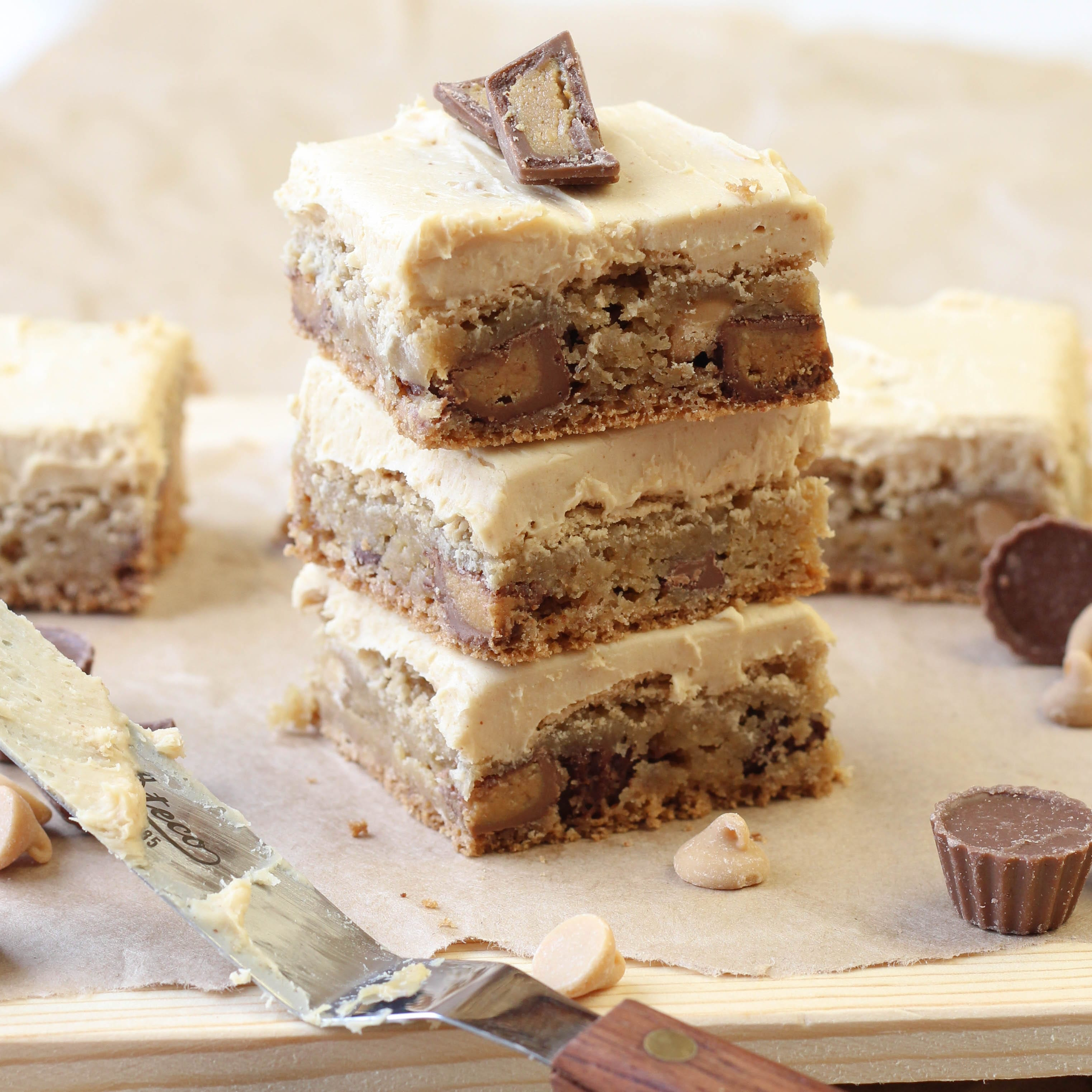 ... yourselves. These Reese's Peanut Butter Blondies are insanely good