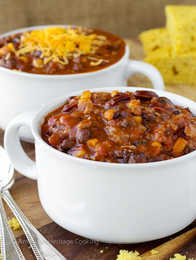 Healthy Chipotle Chicken Chili {Shaker Cornbread}