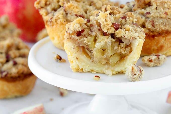 Mini Apple Pecan Crumble Pies