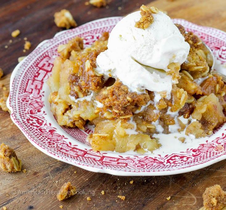 Mom's Brown Sugar Apple Crisp | An easy, family recipe for the best apple crisp! Try it for dessert tonight!