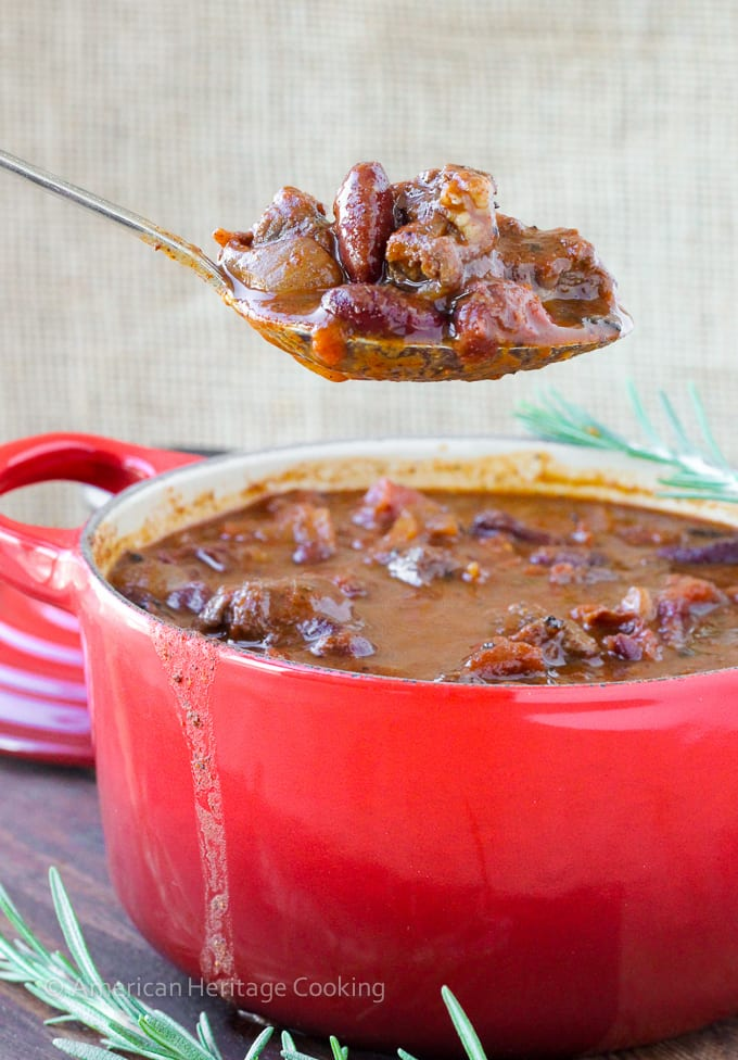 This flavorful Rosemary Pinot Noir Steak Chili is a spicy, hearty chili with tender pieces of steak and a hint of pinot noir and rosemary!