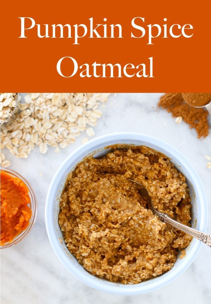 This pumpkin spice oatmeal is like warm hug on a chilly day!